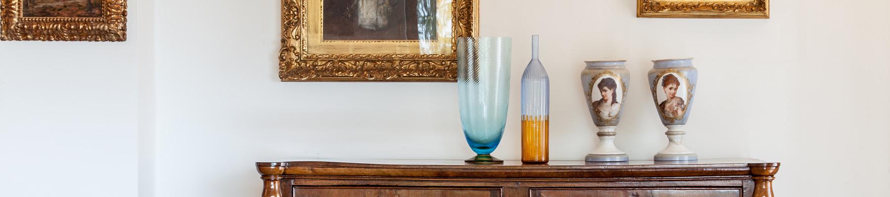 paola favretto esempio como con vasi e quadri copertina